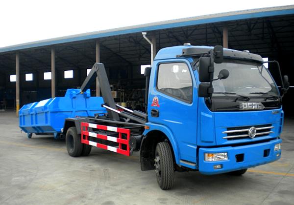 东风多利卡拉臂式垃圾车