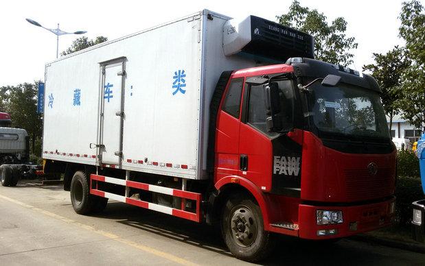 解放J6冷藏车(6.67米)