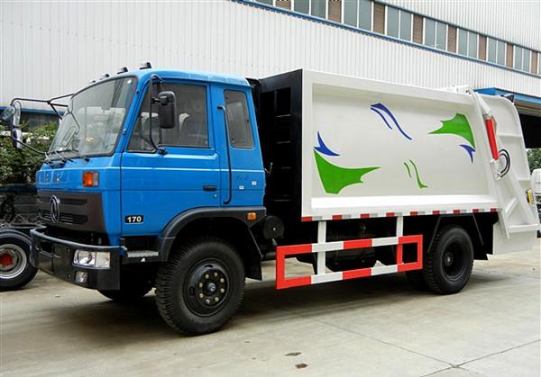 东风145压缩式垃圾车(10方)