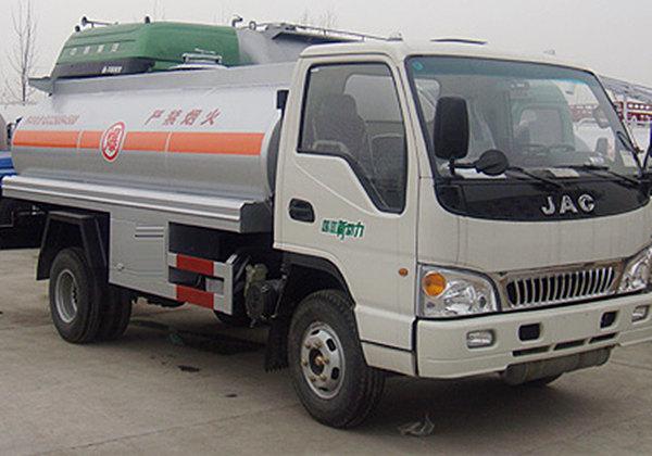 江淮加油车(5.3立方)