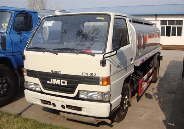 江铃加油车(5方)