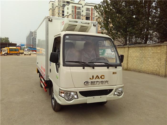 江淮康铃汽油版冷藏车(3.1米)