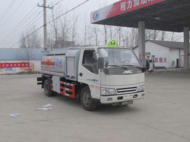 江铃新顺达4吨加油车