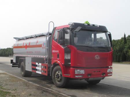 解放J6运油车(15立方)