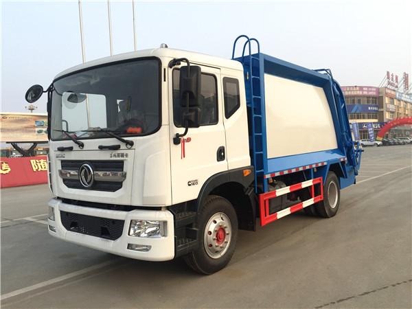 东风多利卡D9压缩式垃圾车