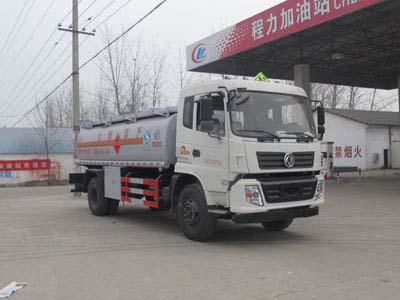 东风145加油车(12.5方)