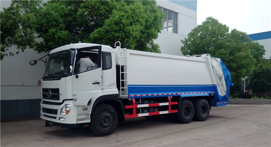 东风天龙压缩式垃圾车