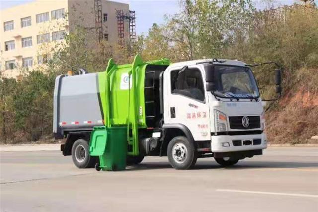 东风御虎侧装挂桶压缩式垃圾车