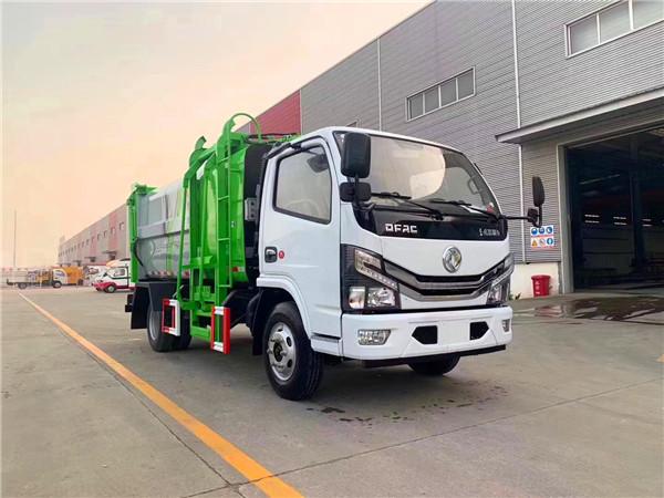 新款东风多利卡挂桶式垃圾车(7.8方)