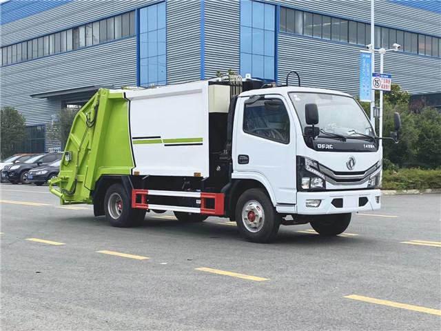 东风小多利卡压缩式垃圾车(6方)