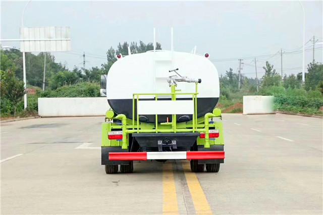 东风凯普特9.2吨洒水车